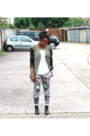 puce floral Topshop pants - olive green parka leather Zara jacket
