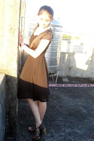 black GlamnFab Shoppe ring - black GlamnFab Shoppe dress