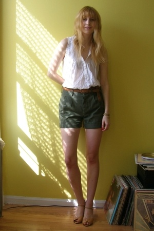 H&amp;M blouse - thrifted belt - second hand from Beacons Closet shorts - from Beaco