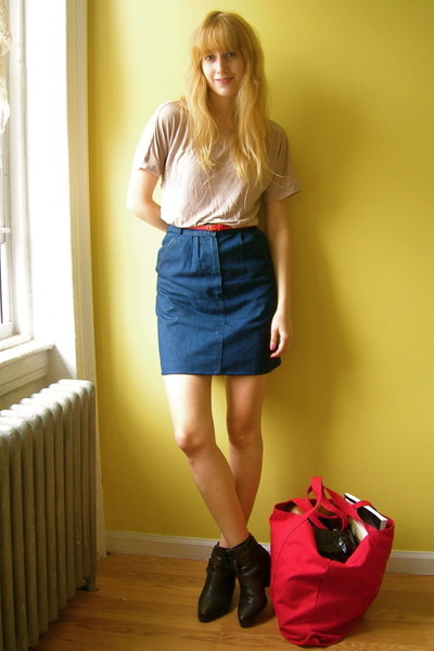 blue jean Vintage via Buffalo Exchange skirt - brown Dingo boots