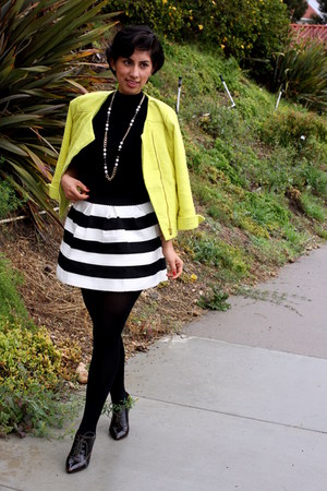 black BCBGeneration shoes - yellow Charlotte Russe jacket - black cielo sweater