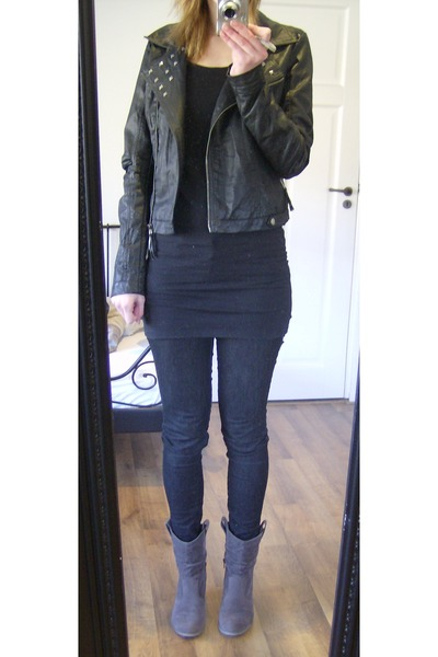 black edc by Esprit jeans - black h&m divided dress - gray V&D boots - black