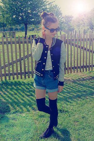 black vintage socks - black H&M shoes - blue vintage shorts - silver Baseballclu
