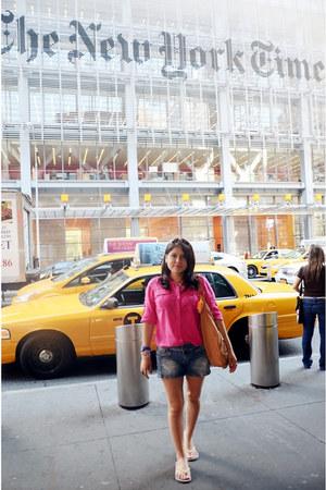 nude Kim Kardashian bag - hot pink calvin klein blouse