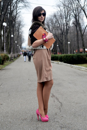 Moschino bag - H&M dress - asos heels - Accessorize bracelet