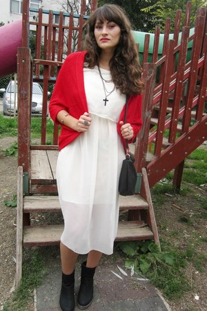 red Ebay cardigan - black new look boots - off white chicnova dress