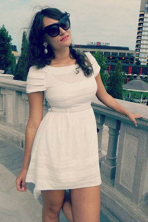 white Udobuy dress - black thrifted bag - black Ebay sunglasses