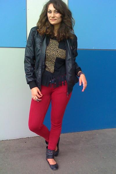 black leopard cross Ebay t-shirt - black rivet accent Leonardo shoes