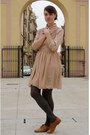 Brown-steve-madden-shoes-nude-american-apparel-dress-gray-tights-light-pin