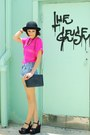 Black-bag-light-blue-shorts-black-wedges-hot-pink-top-gold-accessories