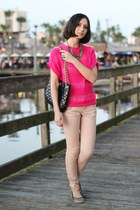 hot pink top - black bag - light pink pants - turquoise blue ring - tan flats