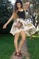 t-shirt - my desing skirt - Clara Ibarguren shoes