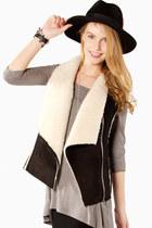 StyleMoca Vests