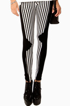 Asymmetric Striped Legging