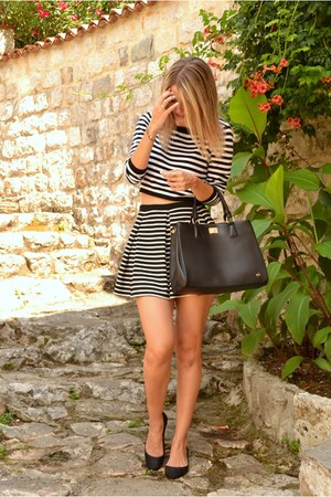 striped H&M shirt - black Carpisa bag - striped River Island skirt