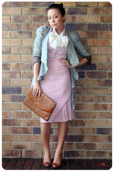 pink vintage skirt - red shirt - brown vintage - brown basque shoes - gray asos
