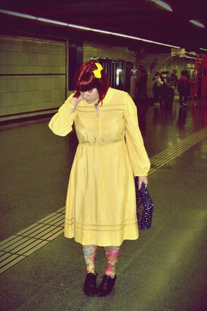yellow vintage dress - pink H&amp;M tights - black wonders shoes - blue Women Secret