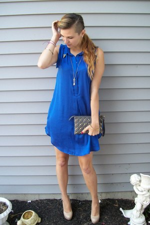 blue H&M dress - heather gray studded Topshop purse