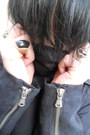 Black-deichmann-shoes-black-denim-co-jeans-black-gate-jacket