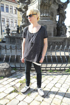 black Denim Co jeans - white montreal shoes - black New Yorker necklace