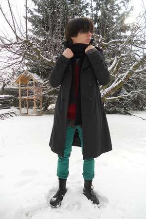 gray thrifted coat - black Invader boots - turquoise blue New Yorker jeans