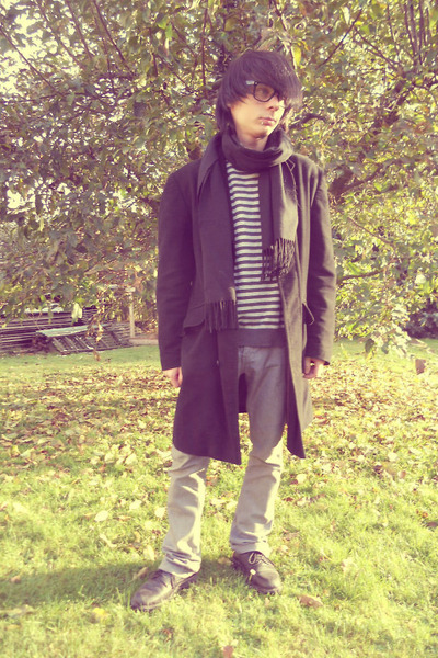 black Deichmann shoes - black thrifted coat - silver thrifted jeans