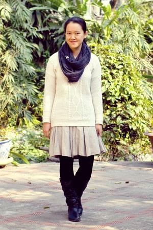 black boots - ivory new look sweater - gray scarf - tan thrifted skirt