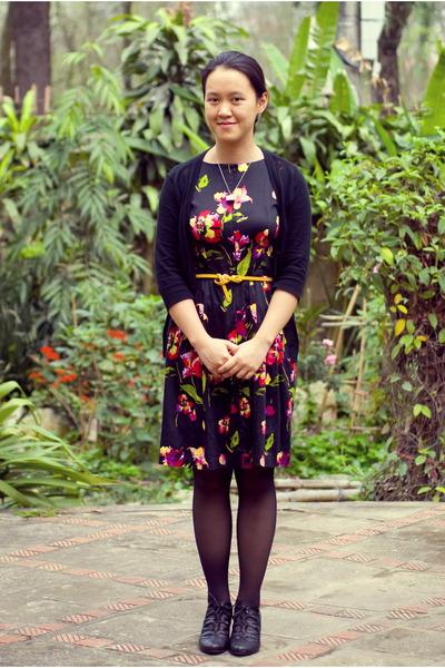 gold belt - floral dress - black Target cardigan - black vintage heels