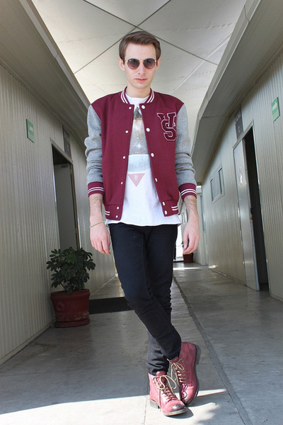 brick red Zara jacket