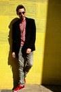 Black-zara-coat-red-zara-shoes-black-ray-ban-sunglasses