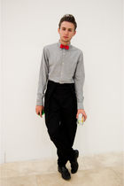 red vintage tie - black TEAMO pants