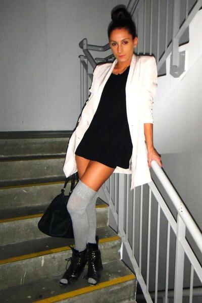 beige H&M blazer - black American Apparel t-shirt - black Topshop boots - gray A