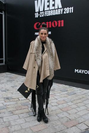 H&M cape - leather pants Topshop leggings - clutch asos bag