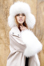 Fur-albino-coat-fur-chanel-hat-prada-heels