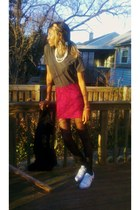 hot pink zebra print Wet Seal skirt - black heart fishnets tights