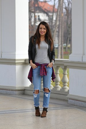 PERSUNMALL t-shirt - sammydress boots - choiescom jeans
