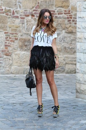 Guess bag - romwe skirt - Vero Moda t-shirt - asos pumps