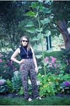 red silk vintage pants - black wayfarers Ray Ban sunglasses