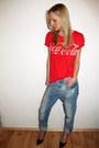 Light-blue-zara-jeans-red-gina-tricot-t-shirt-black-zara-heels