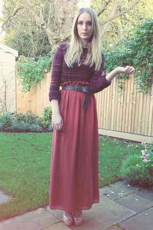 Topshop purse - new look jumper - new look belt - River Island skirt