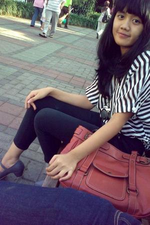 top - Orange pants - huer purse - adity shoes shoes - mannequin necklace