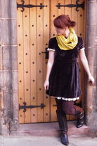 modcloth scarf - vintage boots - Marc by Marc Jacobs dress