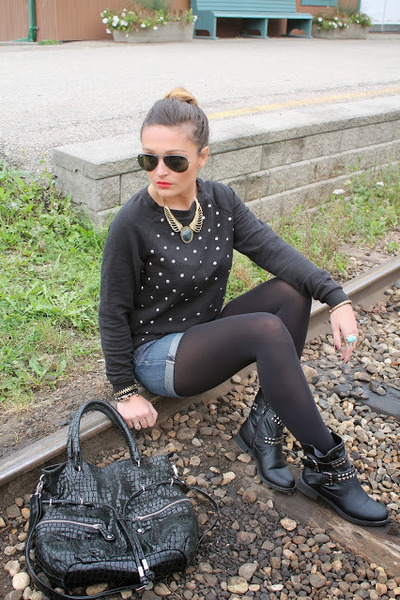 Urban Planet boots - Forever 21 shirt - Hype bag - Ray Ban sunglasses