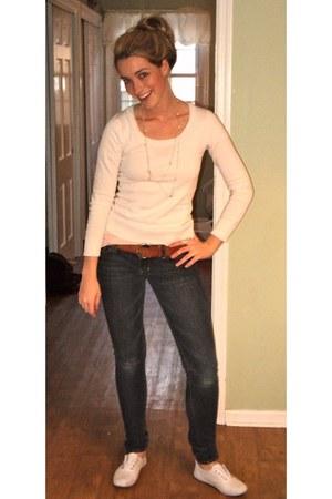Keds shoes - J Brand jeans - lucky shirt - Nordstrom belt