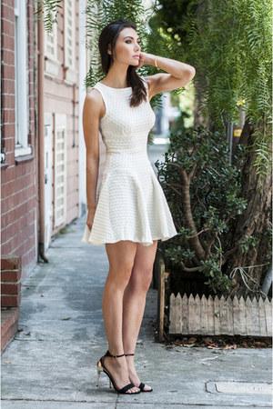 larissa ring vk collection ring - closet dress