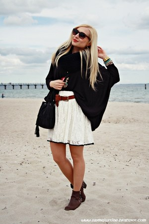 black H&M sweater - black Primark bag - dark brown H&M sunglasses