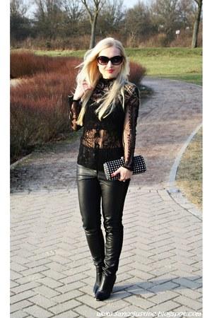 black shoes - black Zara blouse