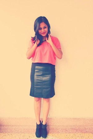 Local store blouse - Koovs skirt