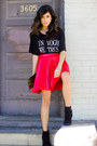 Black-crop-top-love-shirt-black-suede-booties-forever21-boots