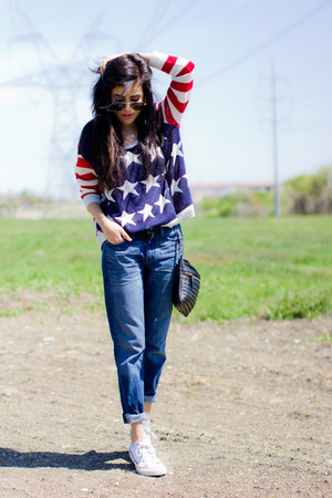 usa flag the classic sweater - boyfriend jeans Gap jeans - Forever21 bag